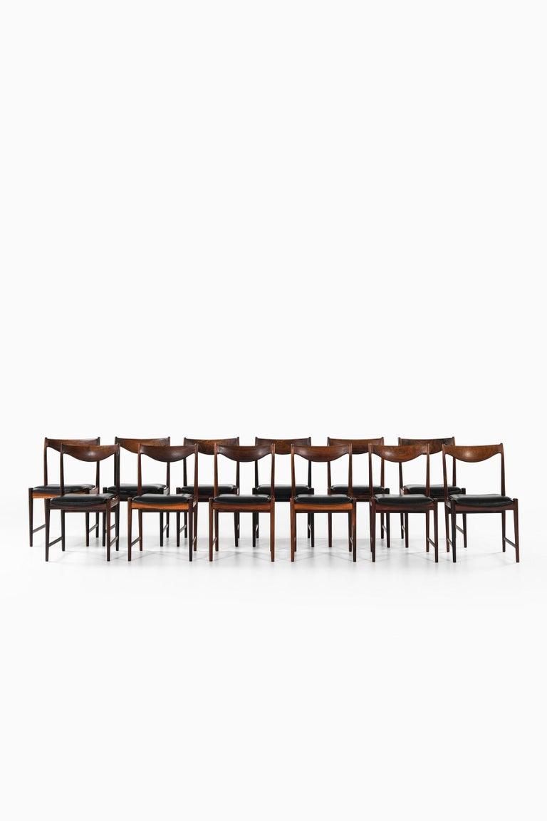 Torbjørn Afdal Dining Chairs Model Darby by Nesjestranda Møbelfabrik in Norway For Sale 4