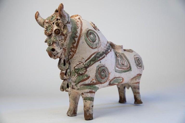Torito de Pucara Antique Painted Terra Cotta Pottery Peruvian Bull Sculpture For Sale 1