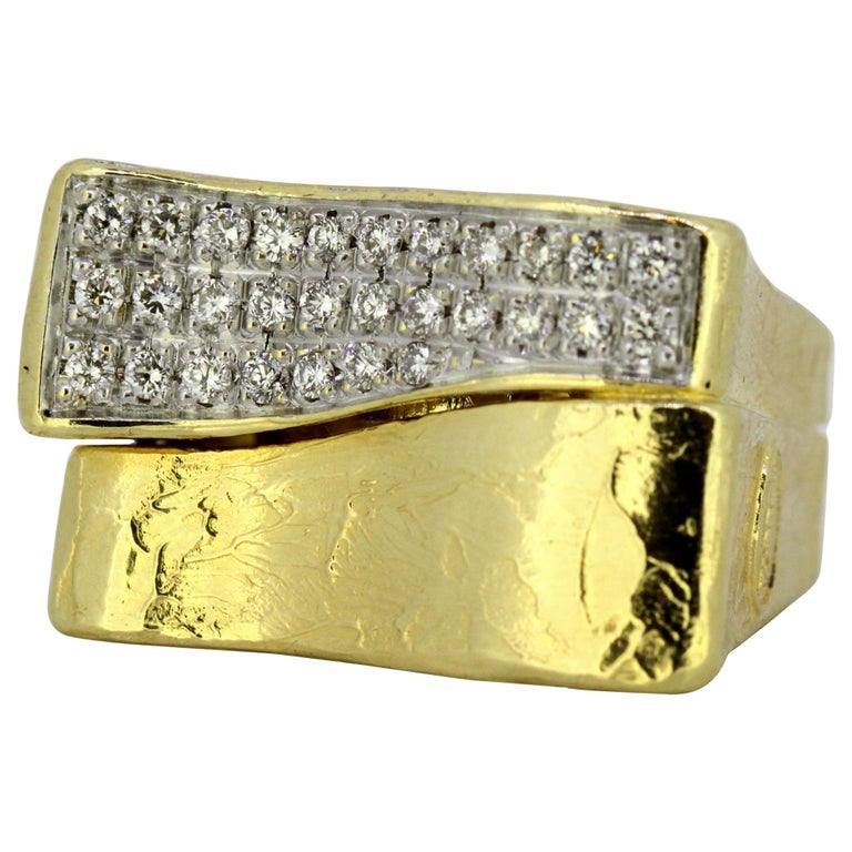 Torrini, 14 Karat Gold Forenze Bilbao Handmade Ring with Diamonds For Sale