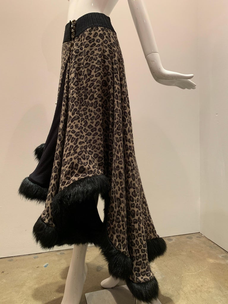 Torso Creations Leopard Knit Hi-Low Skirt W/ Faux Fur Trim For Sale 2
