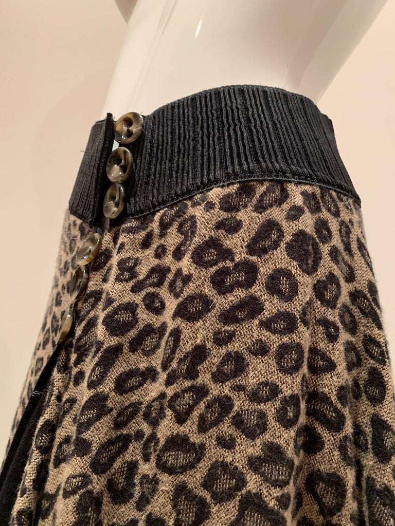Torso Creations Leopard Knit Hi-Low Skirt W/ Faux Fur Trim For Sale 3