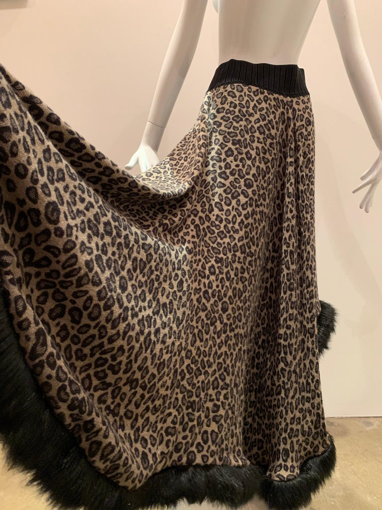 Torso Creations Leopard Knit Hi-Low Skirt W/ Faux Fur Trim For Sale 4