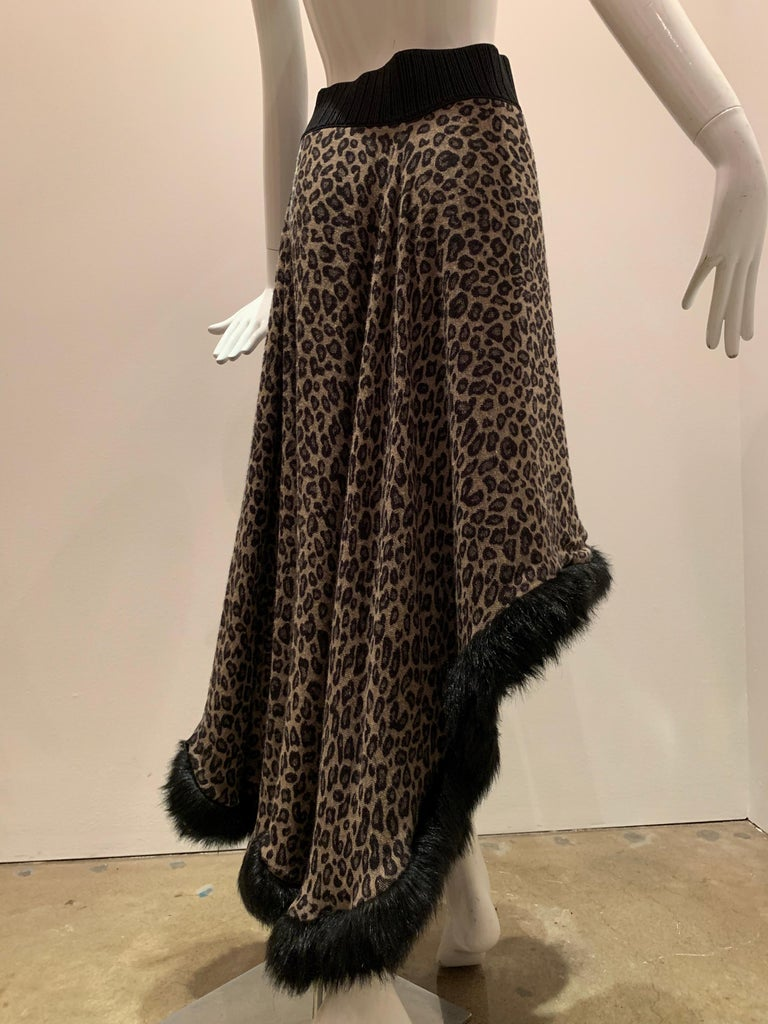 Torso Creations Leopard Knit Hi-Low Skirt W/ Faux Fur Trim For Sale 5