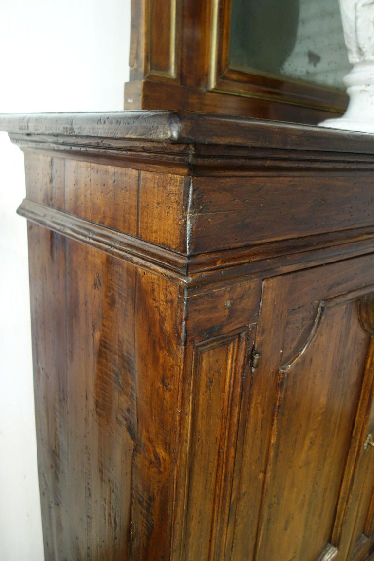 Hand-Crafted 17th Century Style Italian Rustic Old Poplar Credenza Sideboard with 2 Doors For Sale