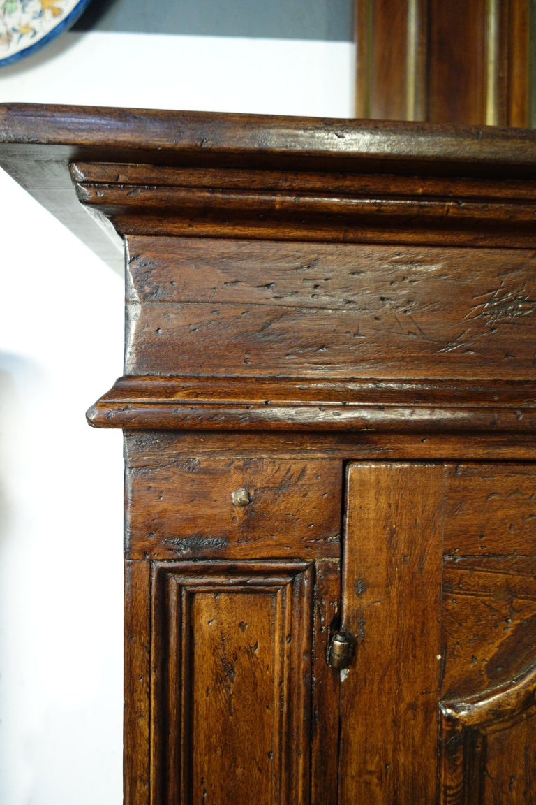 17th Century Style Italian Rustic Old Poplar Credenza Sideboard with 2 Doors For Sale 1