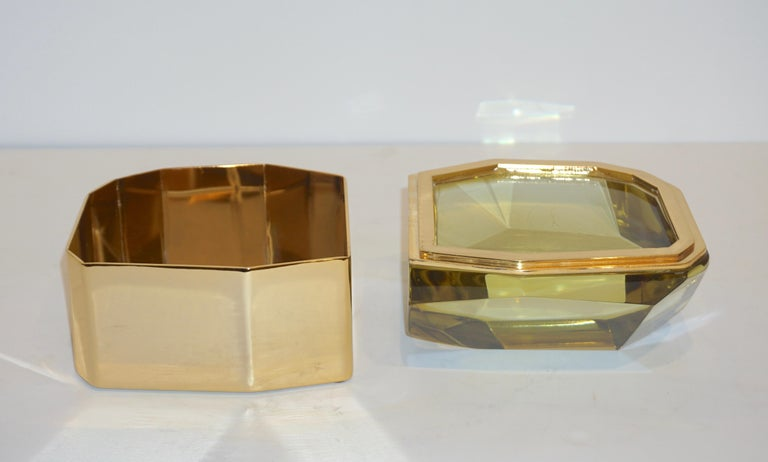 Art Deco Toso Italian Modern Diamond-Shaped Gold Murano Glass and Brass Jewel-Like Box