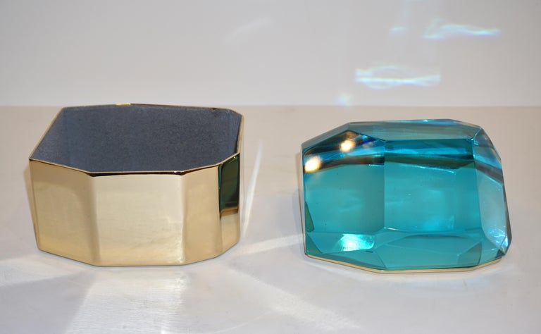 Toso Italian Modern Diamond-Shaped Turquoise Murano Glass & Brass Jewel-Like Box In Excellent Condition In New York, NY