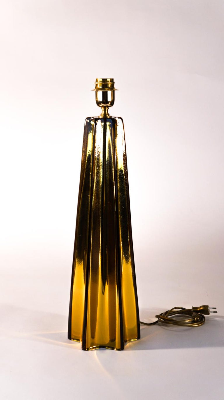 Hand-Crafted Toso Mid-Century Modern Amber Pair of Murano Glass Table Lamps, 1989 For Sale