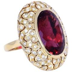 Tourmaline 33 Carat Yellow 18 Karat Gold Diamonds Ring, 1950