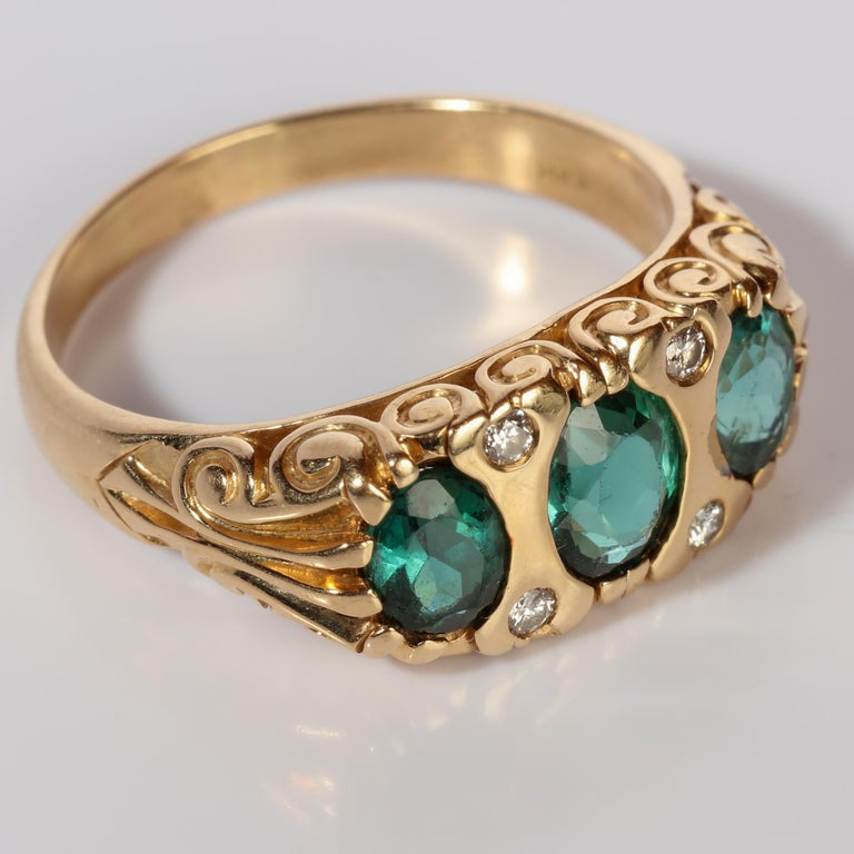 Tourmaline Ring in Gold With Diamonds  For Sale 4