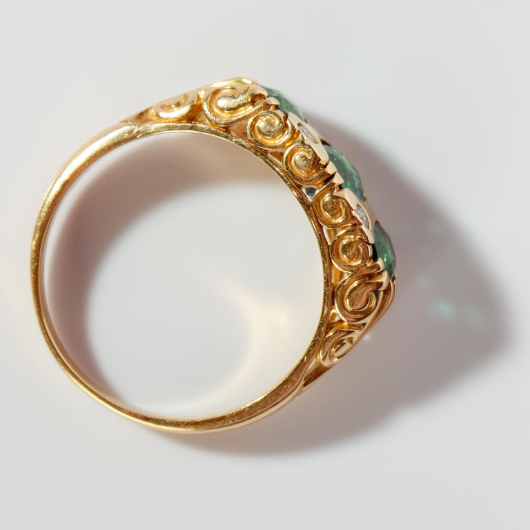 Tourmaline Ring in Gold With Diamonds  For Sale 5