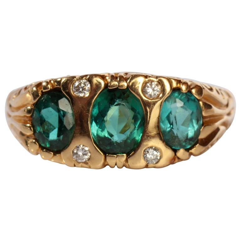 Tourmaline Ring in Gold With Diamonds  For Sale