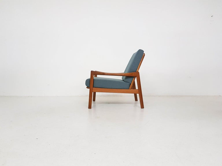 Scandinavian Modern Tove and Edvard Kindt-Larsen Lounge Chair in New Green Fabric, Norway, 1960s