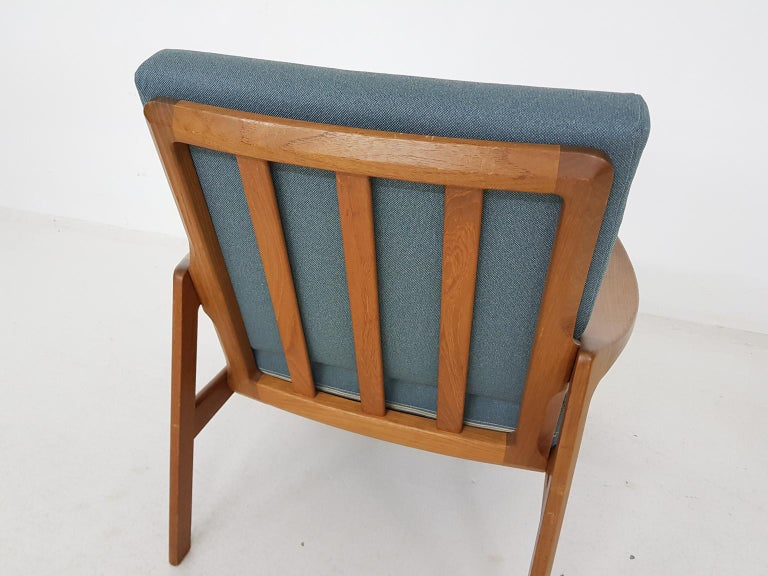 Tove and Edvard Kindt-Larsen Lounge Chair in New Green Fabric, Norway, 1960s In Good Condition In Amsterdam, NL