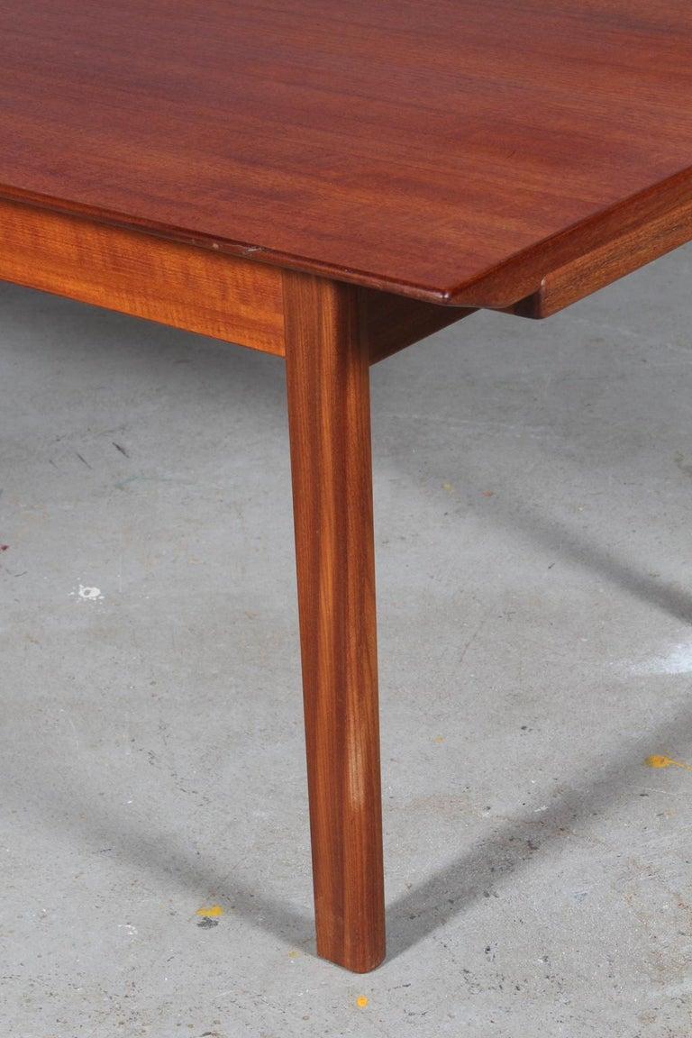 Scandinavian Modern Tove & Edvard Kindt Larsen, Coffee / Sofa Table For Sale