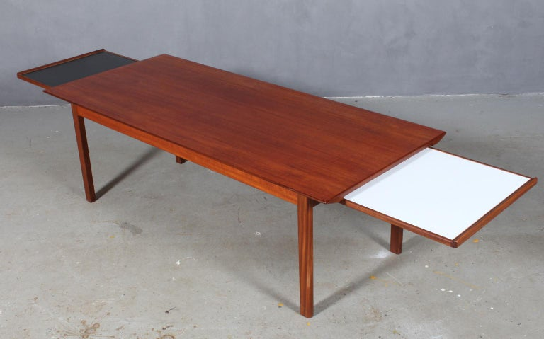 Tove & Edvard Kindt Larsen, Coffee / Sofa Table In Excellent Condition For Sale In Esbjerg, DK