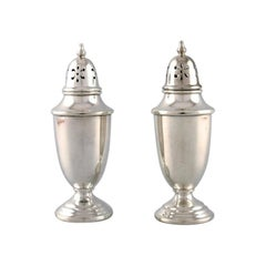 Towle, American Silversmiths, a Pair of Sugar Castors in Sterling Silver