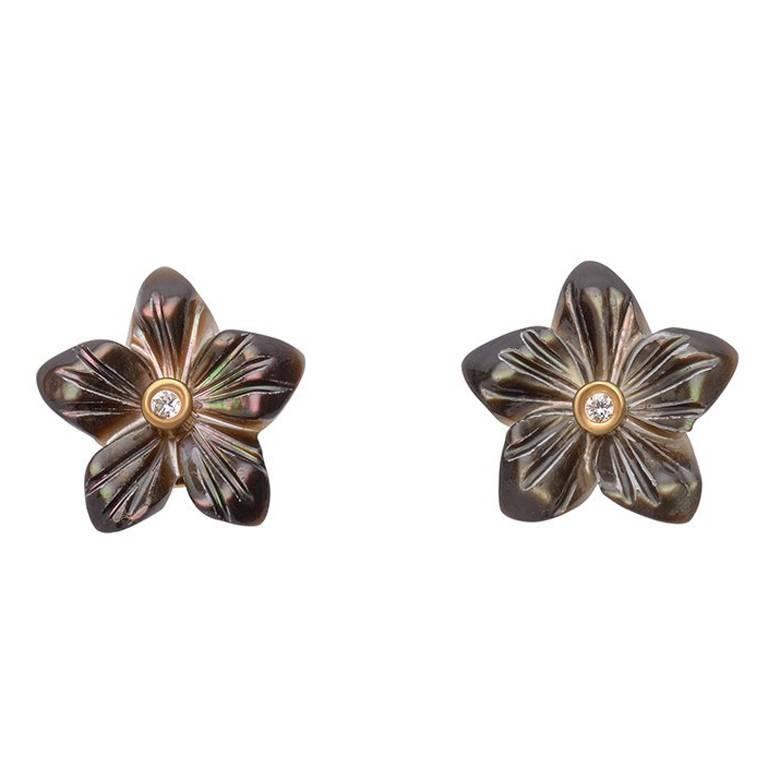 TPL Mini Diamond Mother-of-Pearl Flower Earrings Smoke