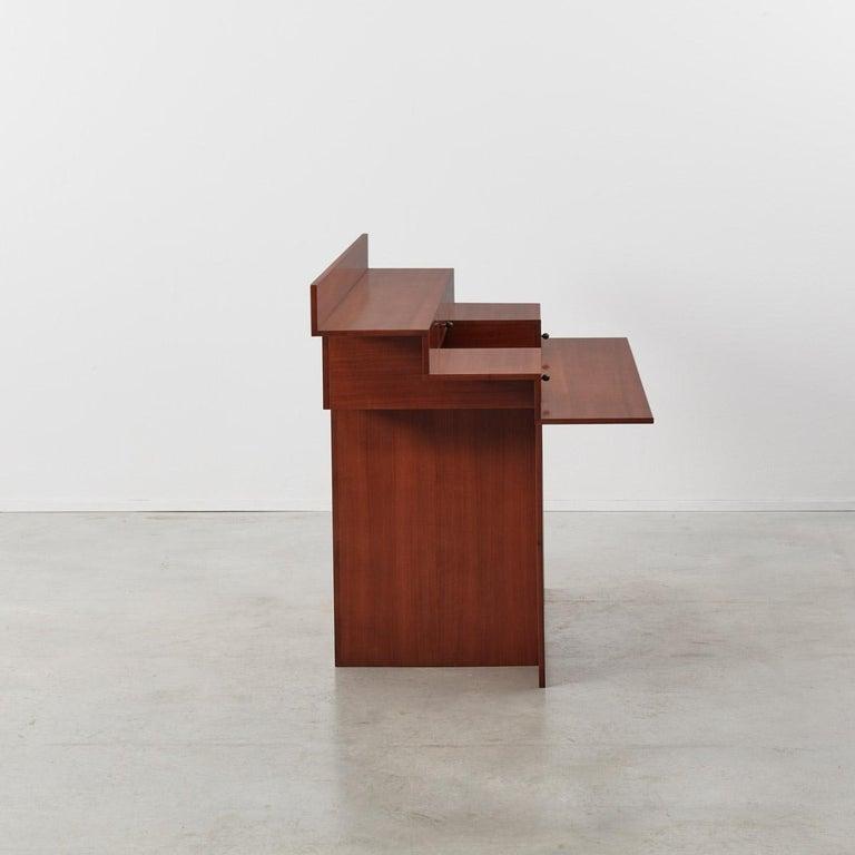 Italian Trabucco and Vecchi 'SC73' Desk for Poggi, Italy, 1983 For Sale