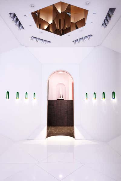 French Retail Open Plan. Boutique Christian Louboutin Beauty by Pierre Yovanovitch Architecture d'Intérieur.