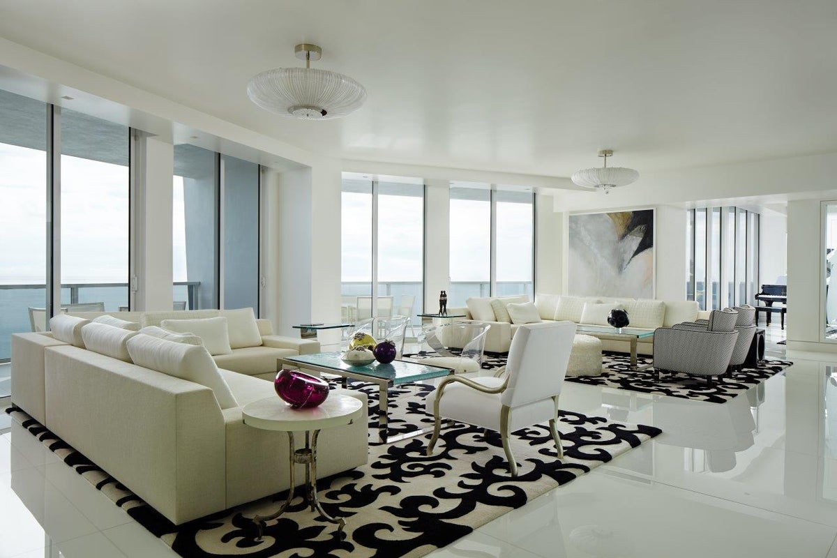 Black and White in Miami by John Barman Inc