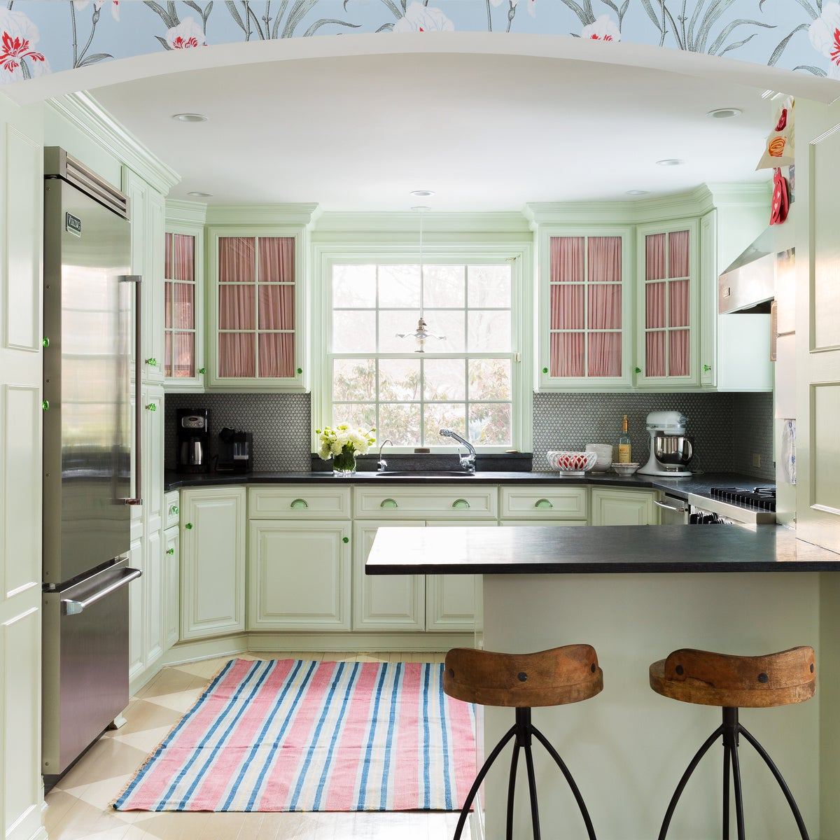 Preppy Kitchen In US By Kemble Interiors, Inc