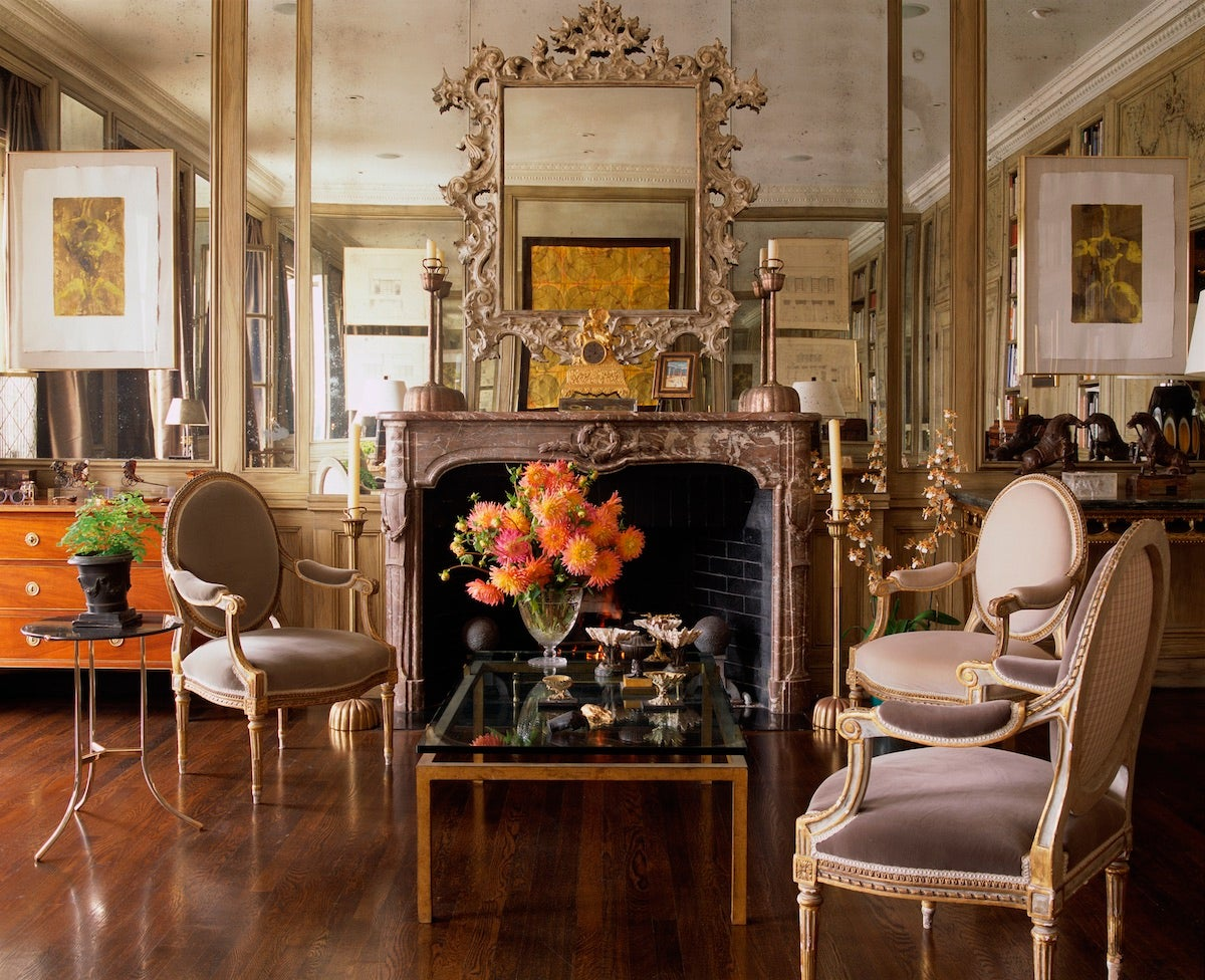 Nob hill pied a terre by fisher weisman for Artful decoration interiors by fisher weisman