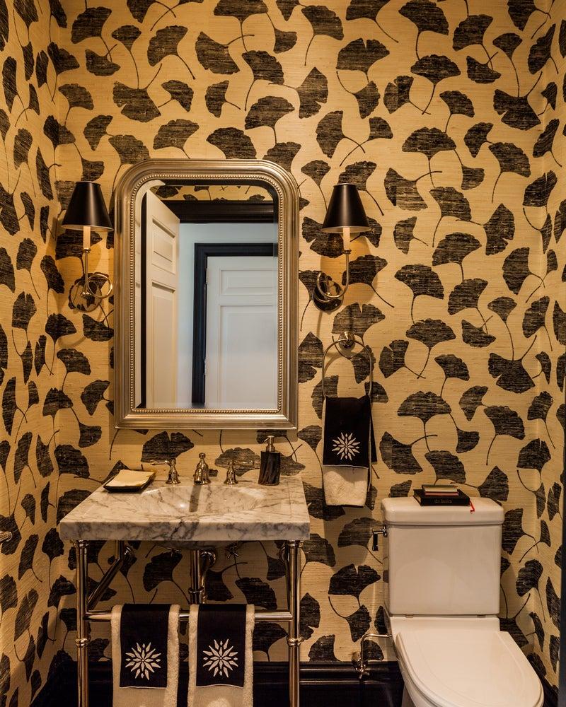 bathroom in new york, nysara gilbane interiors