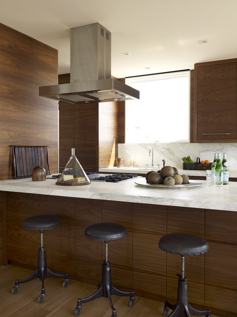 Contemporary Kitchen In The Hamptons Ny By Robert Stilin