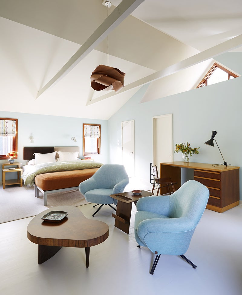 Contemporary Living Room In East Hampton Ny By Amy Lau Design