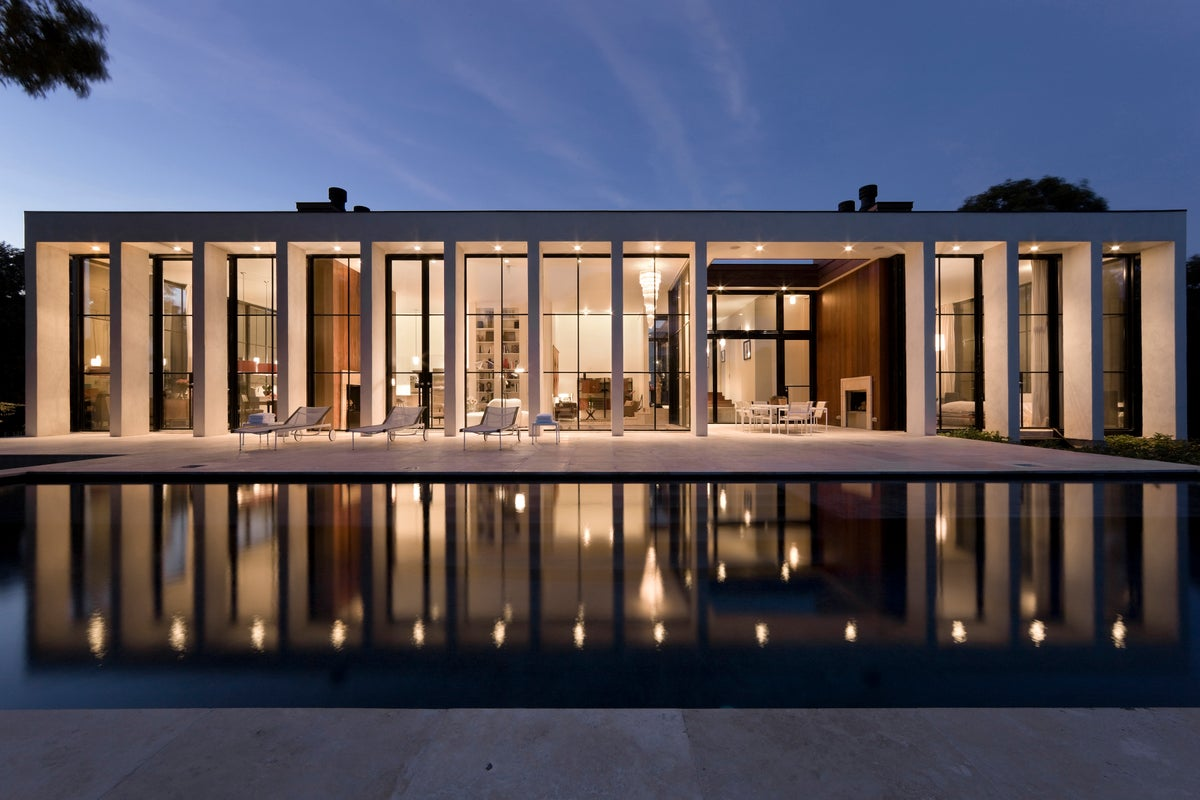 Waterfront house by michael haverland architect for Architects hampton
