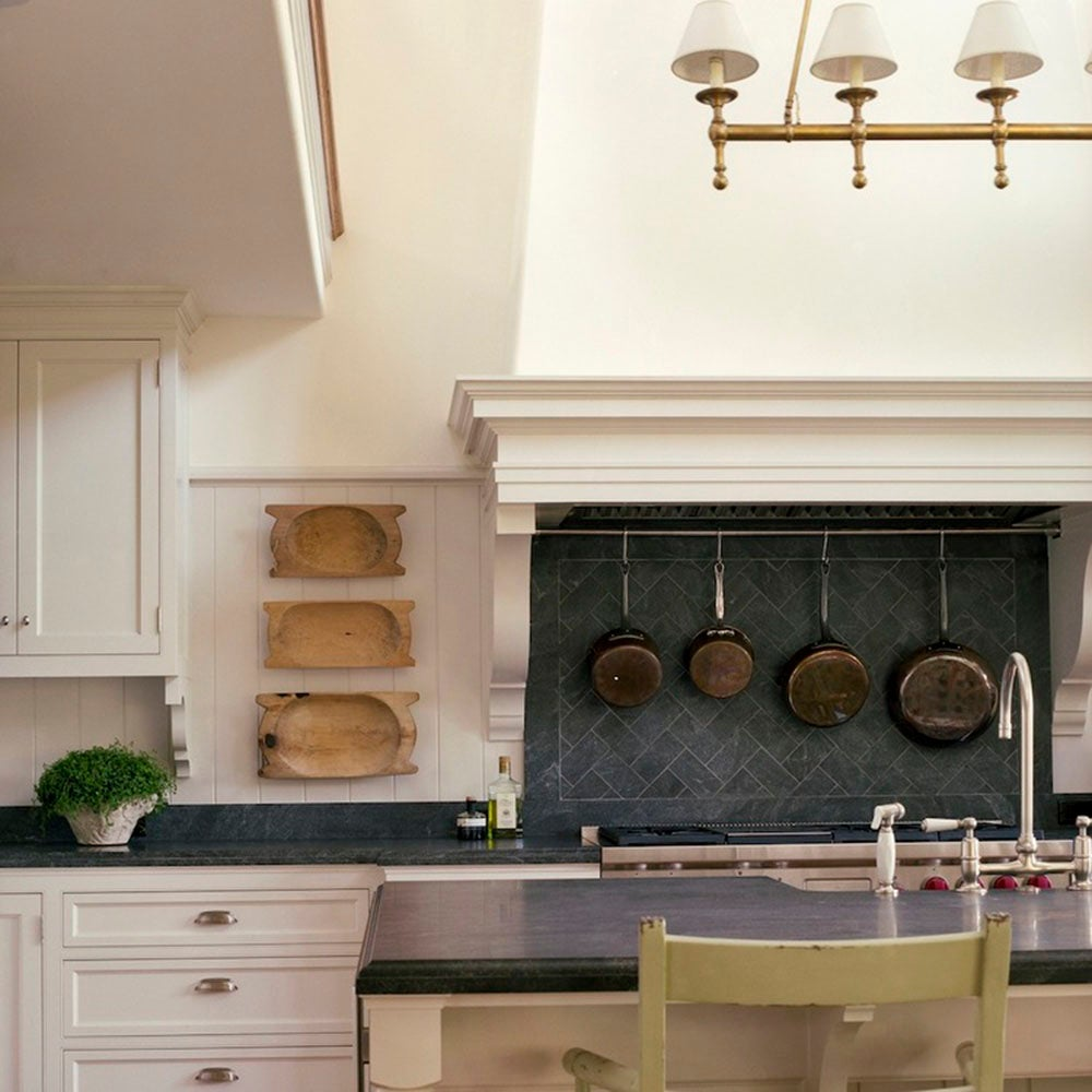 Cottage Kitchen Angeles: Kitchen By Giannetti Home On 1stdibs