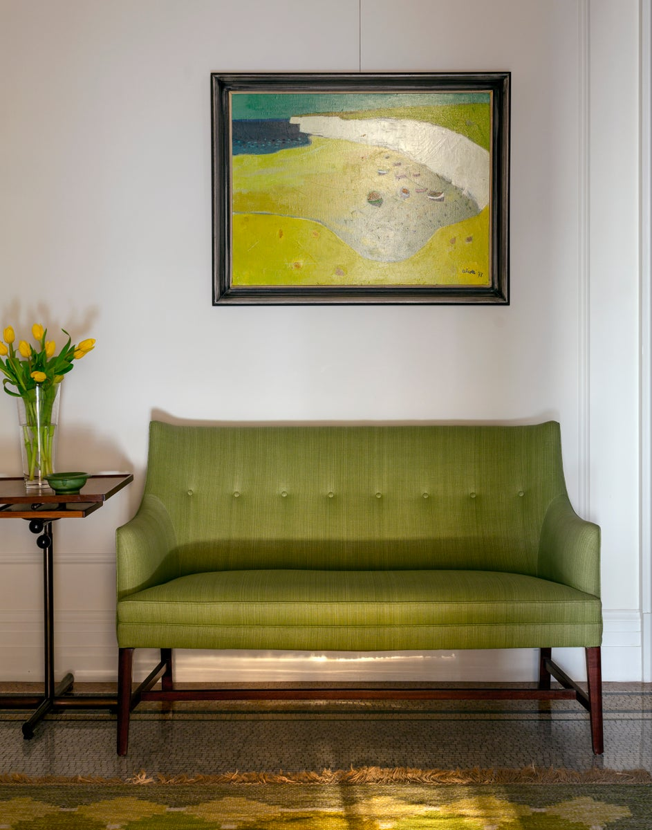 Frits Henningsen Settee in Entrance Foyer