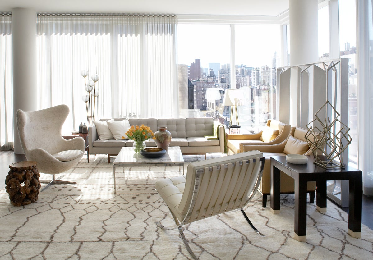 Modern living room in new york ny by neal beckstedt studio for Living room nyc