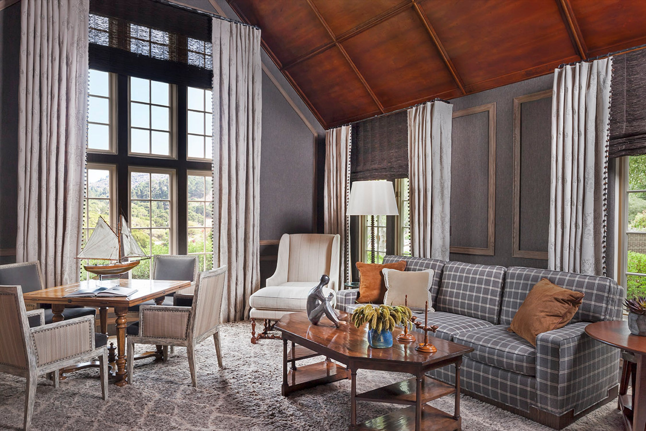 Living Room By Harte Brownlee Associates On 1stdibs