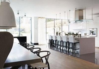 london by kelly hoppen interiors. Black Bedroom Furniture Sets. Home Design Ideas