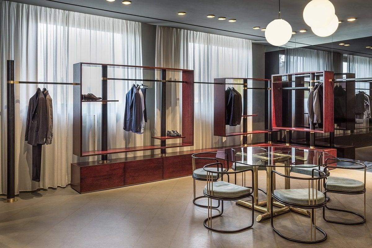 boglioli showroom by dimorestudio