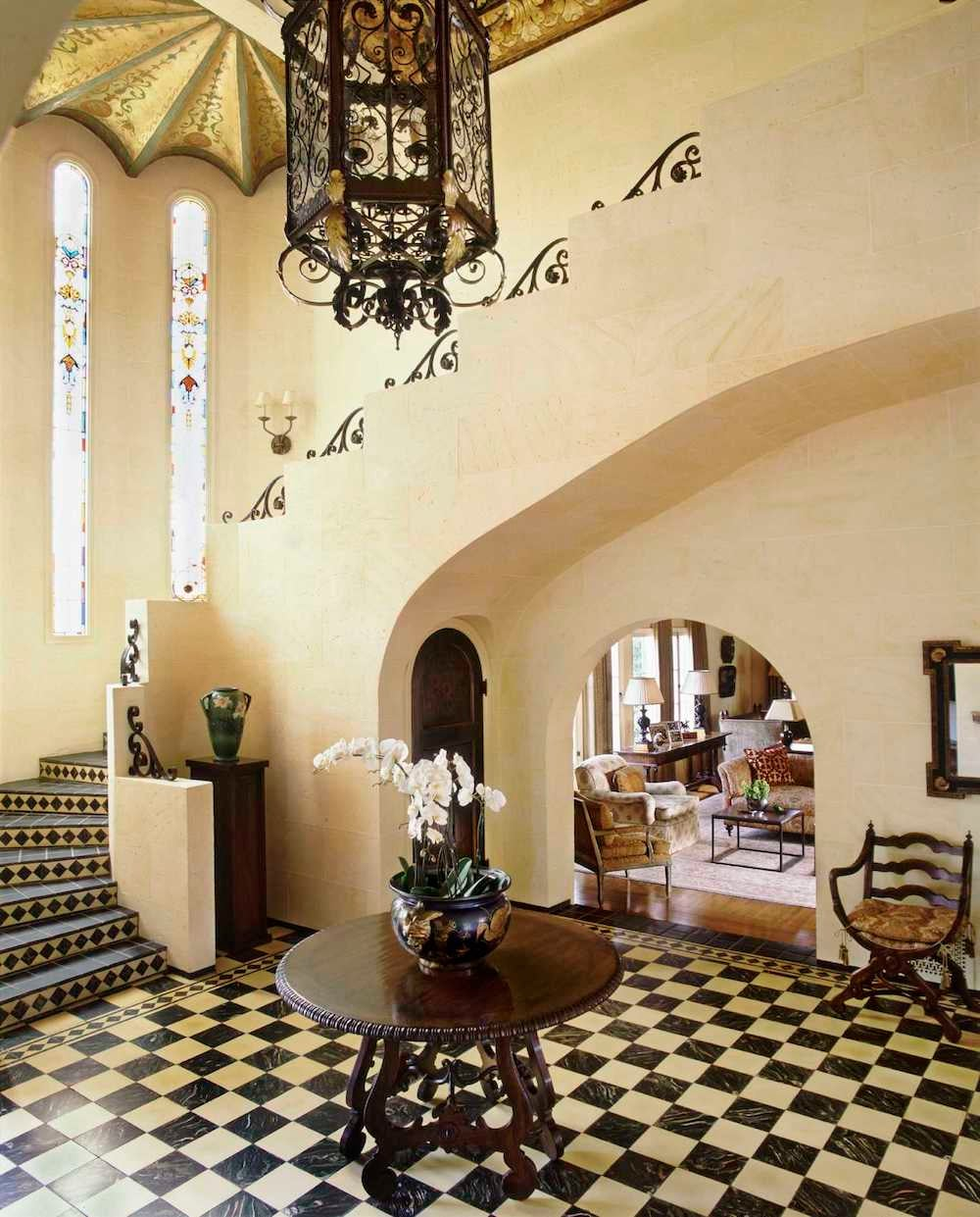 Mediterranean Entry And Hall In By Thomas Callaway Associates
