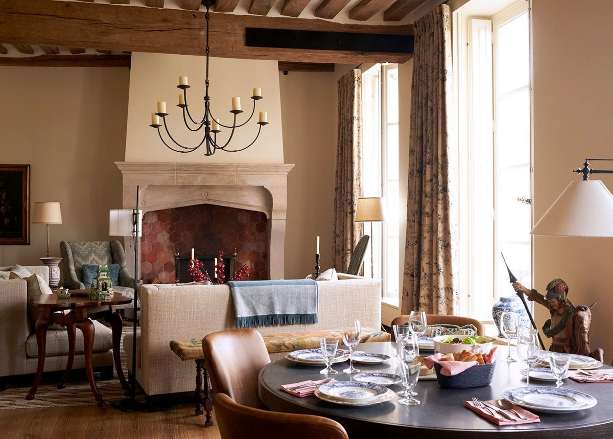 St Louis Dining Room Furniture