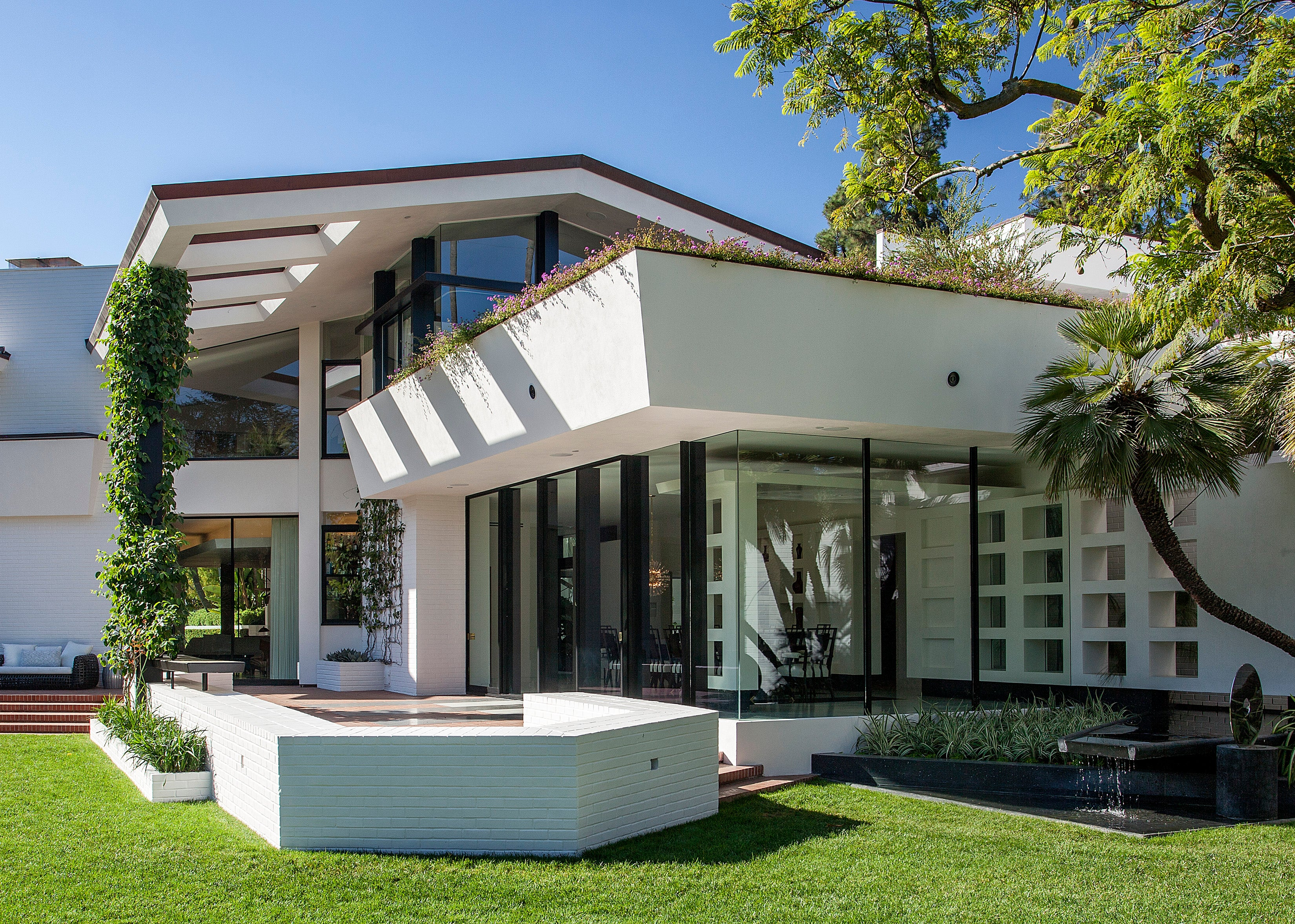 The Brody House By Stephen Stone Designs On 1stdibs
