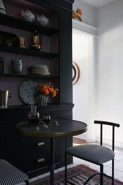 Cottage Kitchen. SILVERLAKE BUNGALOW by Studio Hus.