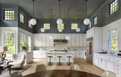Coastal Kitchen. Hither Lane by Dan Scotti Design.