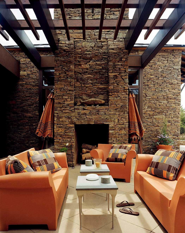 Exterior Living Room