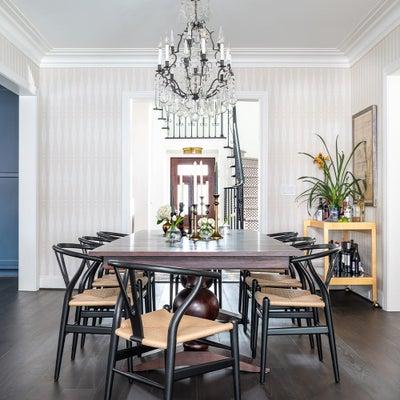 Laura U Inc. - River Oaks Residence