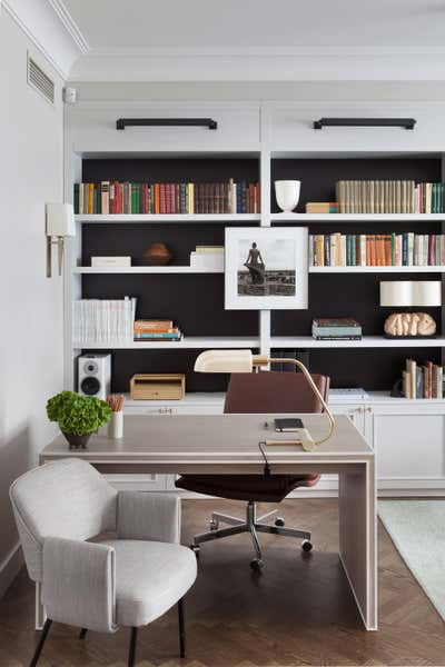 Contemporary Office and Study. Zaubes Apartment by SOG Interiors.
