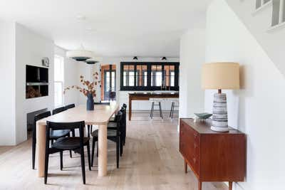 Farmhouse Dining Room. Orient Farmhouse by Elizabeth Roberts Architects.