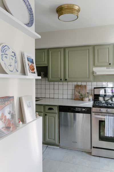 Eclectic Kitchen. Perry St Carriage House by Ariel Farmer Interiors.