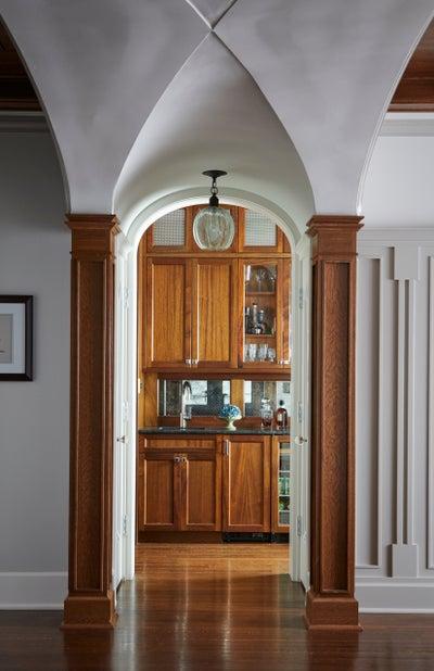 Donna Mondi Interior Design - 1908 HISTORICAL RENOVATION