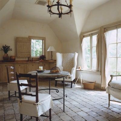 Solis Betancourt & Sherrill - Hamptons Style