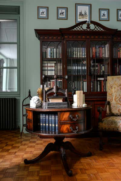 Traditional Office and Study. Maison Bourgeoise by Lane Hunt Interiors.